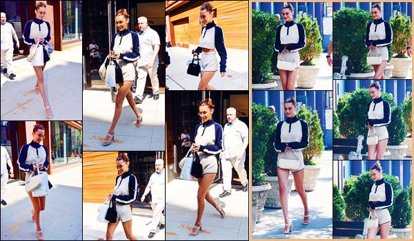 -05/09/2018- ─ Bella Hadid a été photographiée, alors, qu'elle quittait l'appartement de Gigi Hadid étant dans New-York !Plus tard dans la journée, la belle mannequin B. a été photographiée dans les rues de New-York C. Concernant sa tenue, c'est un petit bof pour ma part.