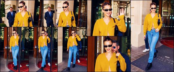 -18/09/2018- ─ Bella Hadid a été photographiée alors qu'elle quittait son hôtel Parisien qui se situe dans Paris, en France.La belle mannequin est donc désormais en France, sûrement pour la fashion week qui commence le 25 septembre à Paris.. Concernant sa tenue, un top !