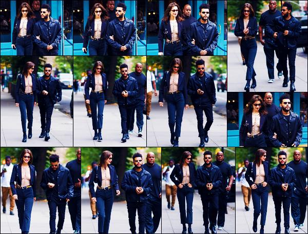 -09/10/2018- ─ Bella Hadid a été photographiée, alors, qu'elle se rendait à un restaurant avec Abel dans - New-York City !La belle mannequin B. est sûrement aller fêter son anniversaire avec son amoureux au restaurant. Concernant sa tenue, c'est un beau top pour ma part !