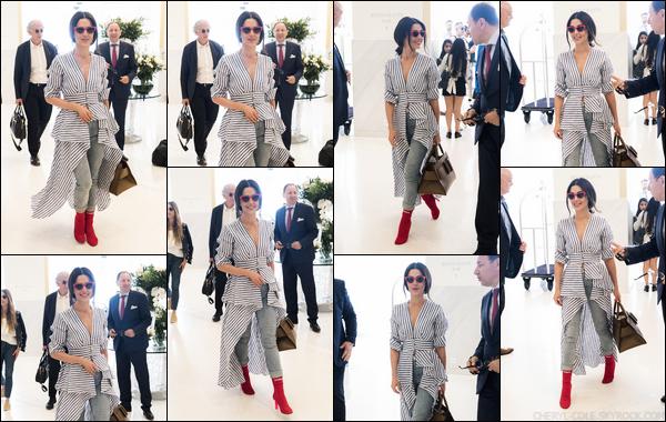 - 11/05/2018 : Cheryl Cole a été photographiée alors qu'elle arrivait au «Hôtel Martinez » àCannes ! -