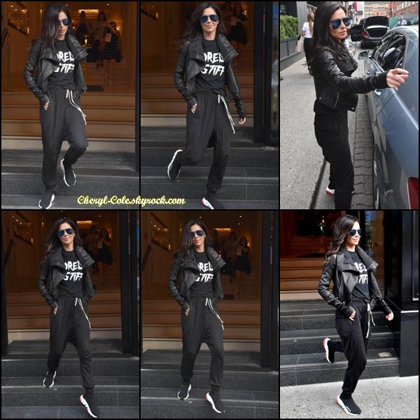 - 23/07/2018 : Cheryl était quittant un hôtel à Dublin, en Irlande. Une tenue très sportive mais j'aime bien quand même c'est un petit top. -