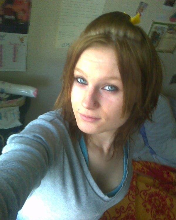 Mlle-Brunette77.Skyrock.Com : Mlle Brunette Aime Sa Femme <3