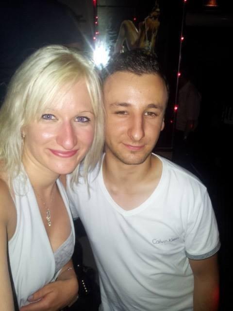 Aux bar karaoké une amie et moi