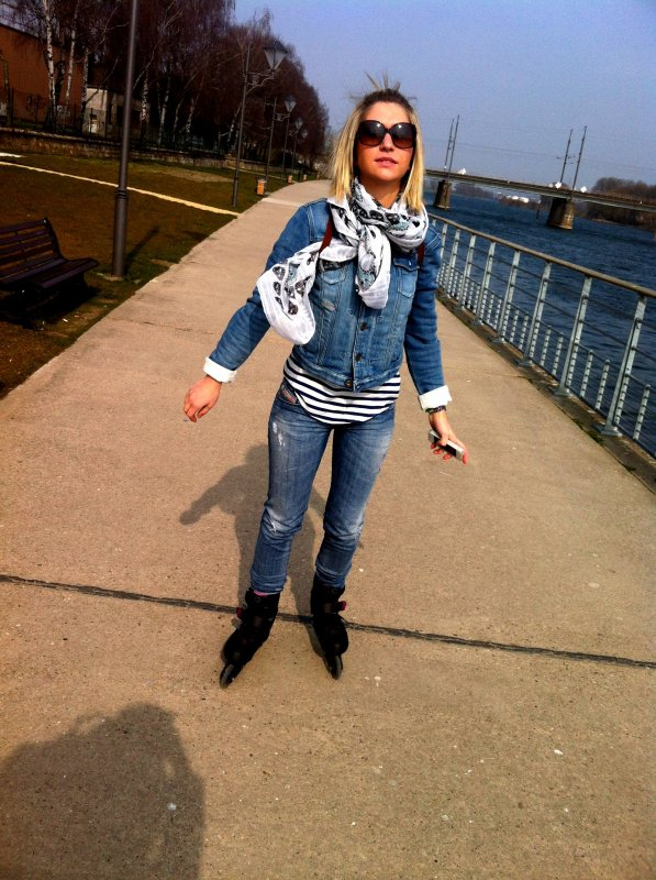 04/04/13 Après-midi roller avec Camille.