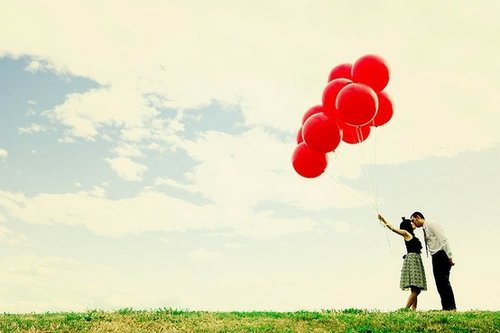 """""""J'ai décidé d'être heureuse parce que c'est bon pour la santé."""" Voltaire."""