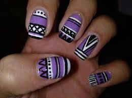 je suis de retour:D  ongles azteque juste so cute