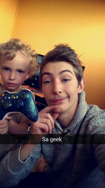 Avec le petite sa geek