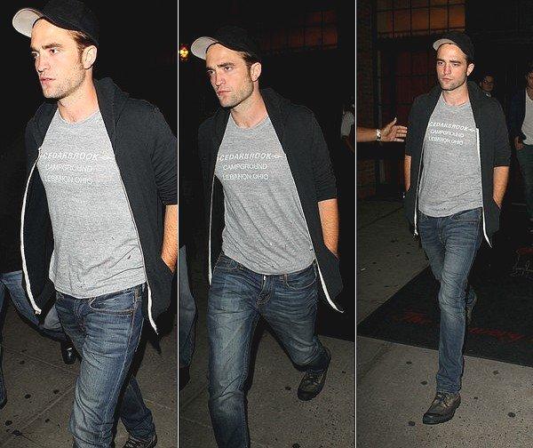 . Robert, le 16 août 2012 encore et toujours à New York. Un superbe TOP ! Changement de casquette ;)