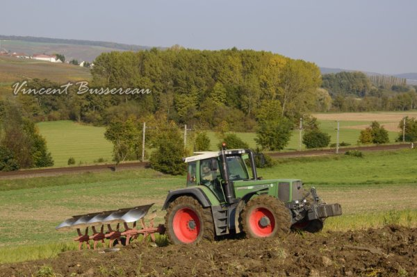 Fendt Favorit 816 & Kuhn 5 Corps.