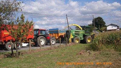 ensilage chez un agriculteur voisin