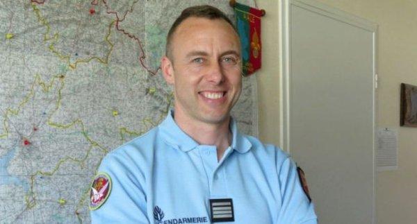 Info & Rip à cet homme - art. la Dépêche DDM Attentat au Super U de Trèbes : le GIGN se demande si Arnaud Beltrame aurait pu être  sauvé