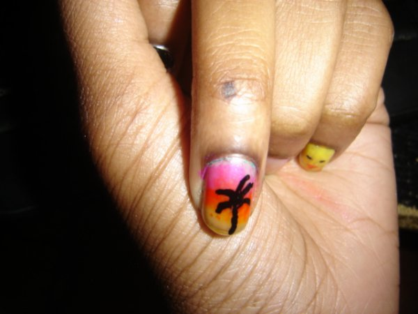 un couché de soleil sur mon ongles :O