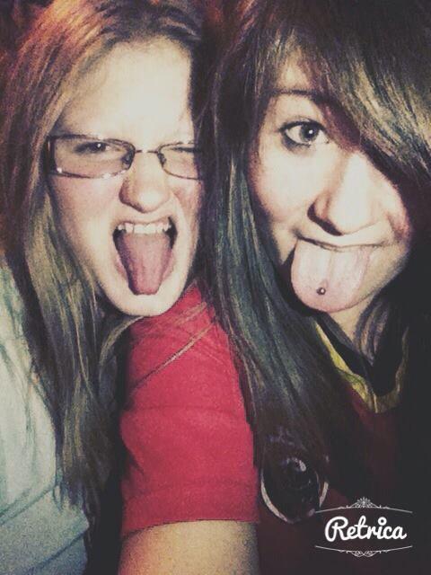 """"""" Elle fait partie de moi pour toujours et cela n'est pas près de changer, une soeur comme toi il en existe qu'une ♥! """""""