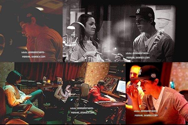 """Le Darwin Entertainment Group, a affiché sur son facebook quelques photos de Nick avec Garbo et Ginette Claudette (une chanteuse)  dans le studio. """"GC est entré en studio avec Nick faire une chanson vraiment amusant. Ils ont passé deux jours dans une ambiance animée."""""""