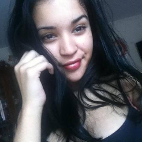 Belle Kafrine 974 - Sheryle splendide jeune fille réunionnaise