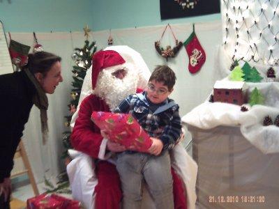 Pére Noël est passé à l'école aujourd'hui!!