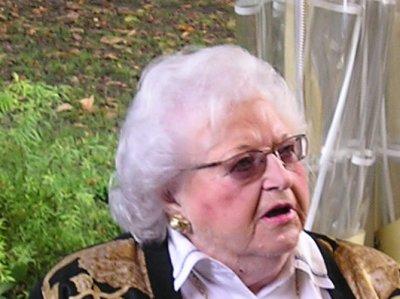 Tante Zezette Ortmans - Leidgens est décédée le 8 juin 2011 à l'age de 87 ans
