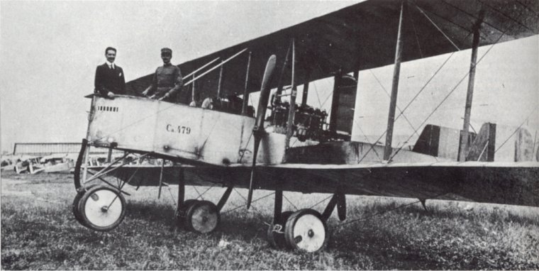 suite des Escadrilles:  Escadrilles volant sur Capronis
