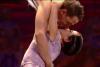 Alizée et Grégoire Lyonnet offrent un baiser renversant