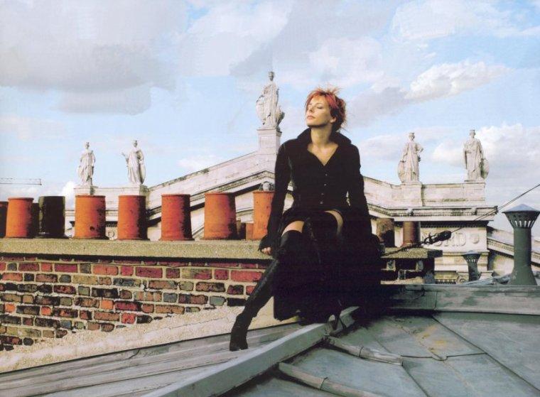LP ft Mylène Farmer - N'oublie pas {new song}