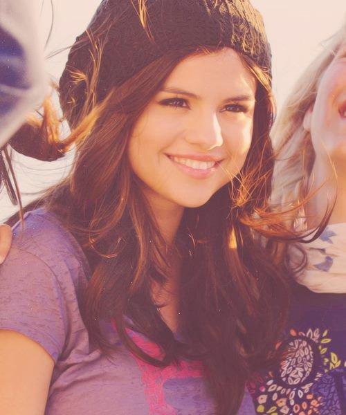 Selenaaaa !! ♥♥