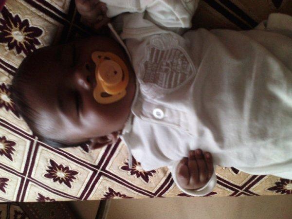 NaïM Mon Fils Le Plus Beau !! MASHALLAH
