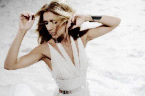 """Céline nous en dit un peu plus sur son nouvel album """"Sans Attendre"""""""