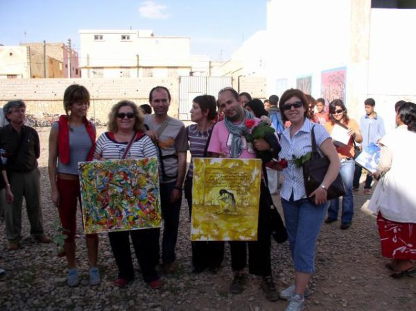 apres la visite d mn exposition..une association espagnole...
