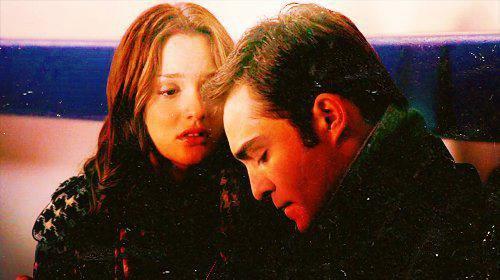 « Quand on a trouvé le grand amour on ne le lâche plus, même lorsque l'objet de tout vos désirs vous supplie d'abandonner. » Gossip Girl.