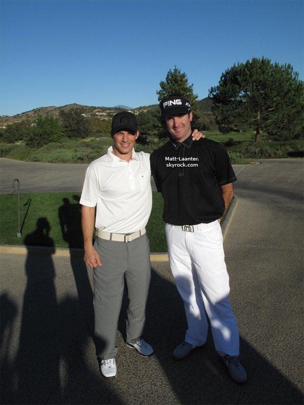 . TWITTER Matt et le célèbre golfeur Bubba Watson jouant une partie de golf ce 11.11.10 .