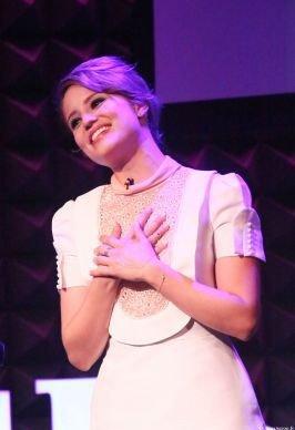 """Le 20 mai, Dianna était au Joe's pub à NYC afin d'assister à l'evènement """"these girl"""". chacune des invitées aura eu l'honneur de reciter un monologue sur le fait d'être une jeune femme aujourd'hui. Dianna était magnifique, c'est un Top pour sa tenue !"""