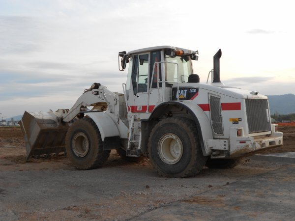 4732. chargeur CAT 950H
