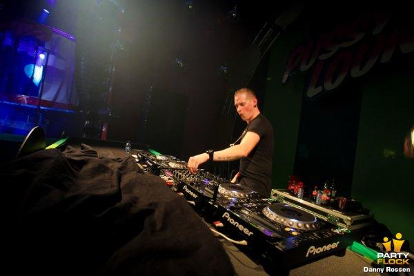 DJ coone <3