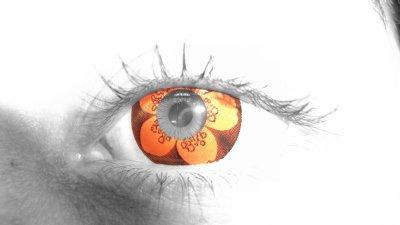 mon oeil avec lentilles fantasy ...