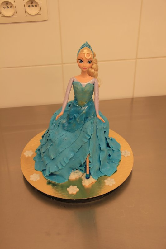 Gateau barbie reine des neiges home baking for you blog - Barbie reine des neiges ...
