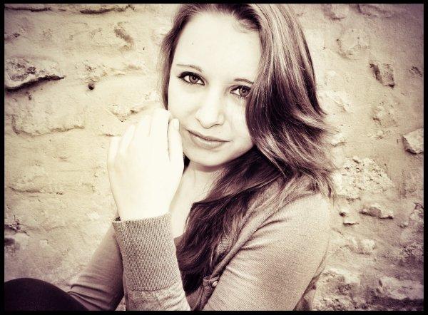 Derrière un sourire peux cacher différente chose..♥