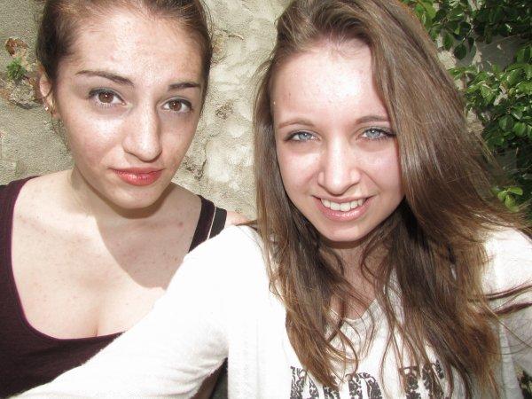 Notre amitié ne s'écrit pas,elle se vit.♥♥♥