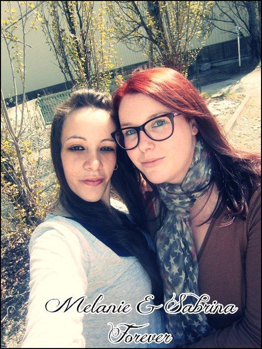 ♥ Deux filles, Des liens inqualifiables, Des calins, Des mots doux, Des confesions, Bref ...  ♥