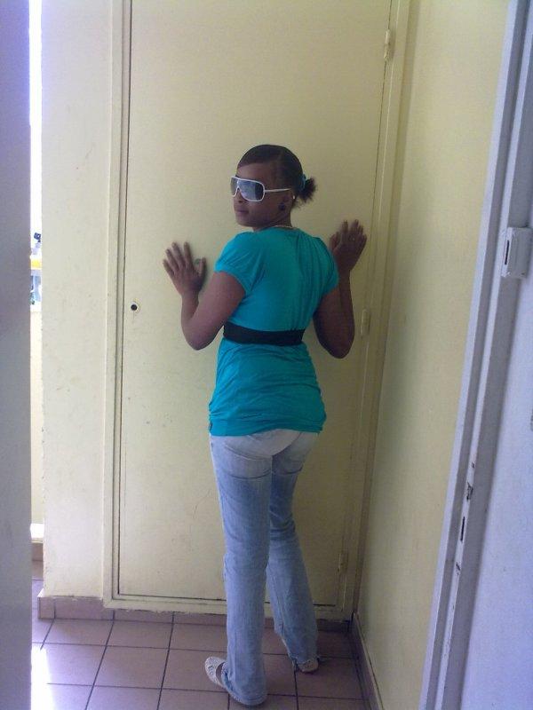miss bouéni en live