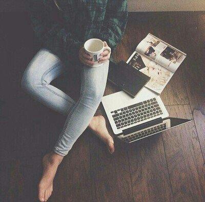« Tous les changements, même les plus souhaités, ont leur mélancolie.  » Anatole France