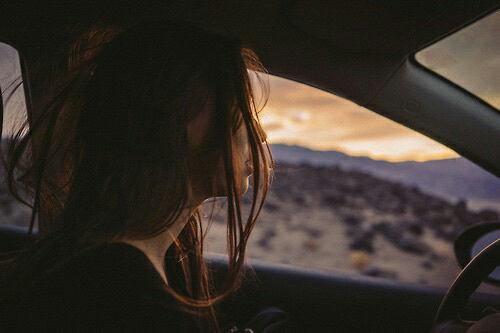 """"""" Ce malheur ultime de n'être pas capable de cesser d'aimer alors que l'amour même est un mal qui vous tue."""""""