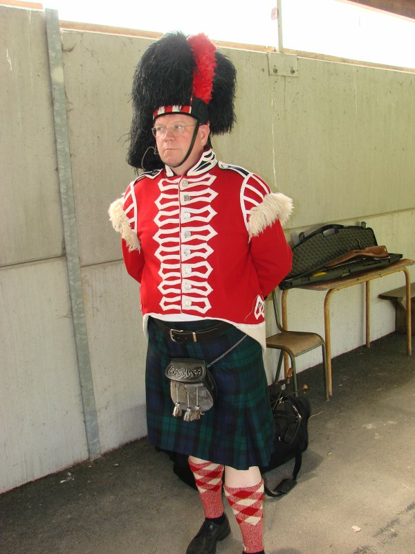 NOYON OISE CHAMPIONNAT REGION ARMES ANCIENNES 19 & 20 MAI 2012 VISITE DE FR 3