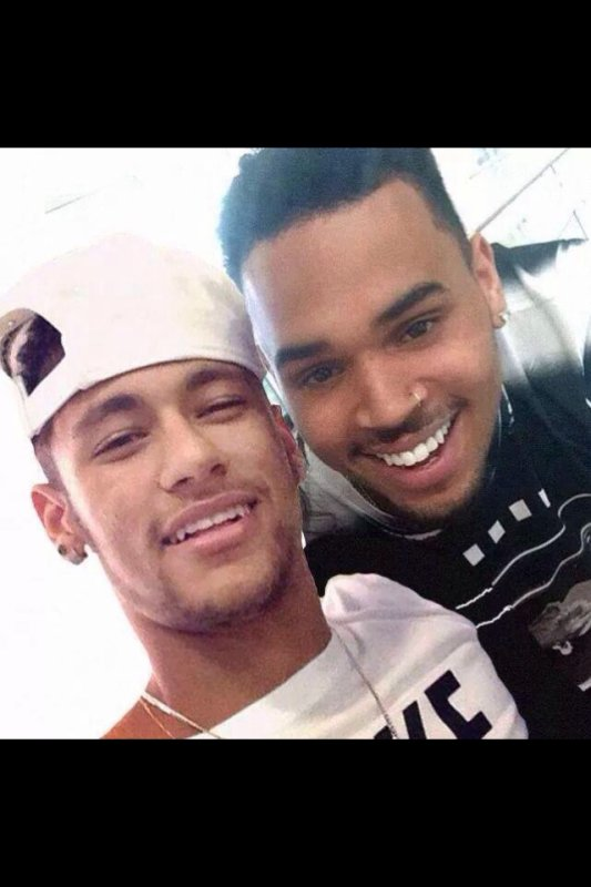 Chris Brown & Neymar