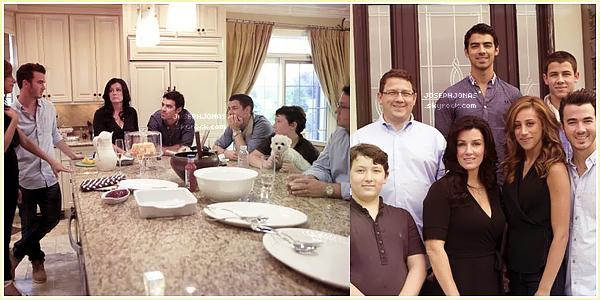 07 Août 2012  :  Après avoir enregistré The Next  à Dallas, Joseph s'est rendu à un Meet&Greet.