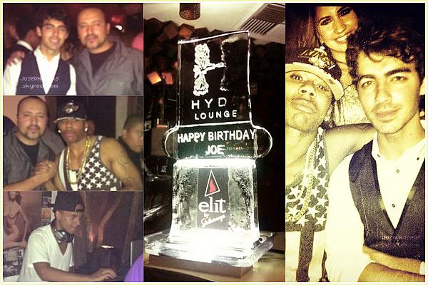 10 Août 2012  : Joe, Nick et des amis ont été vus sortant du Hyde Nightclub, Hollywood.    Ils ont tous été fêter l'anniversaire de notre Joseph Adam Jonas avec un peu d'avance dans ce Nightclub.