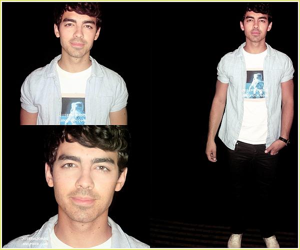 15 Août 2012  :  Voici un nouveau photoshoot de Joe pour l'interview JustJared donnée à L.A.