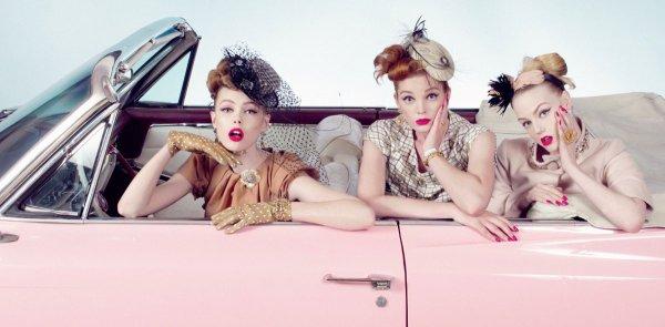 En voiture! Lea Michele, Frida Gustavsson, Lily Cole, Emma Watson, Elisha Cuthbert