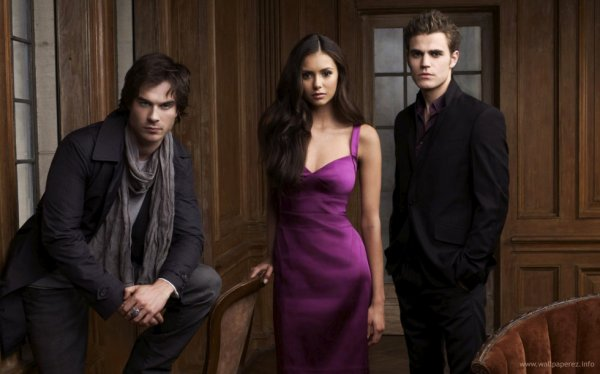 elena,stefen,est damon le quel de ses 3 acteur de la série préféré vous.