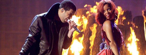 Drake rejoint Rihanna