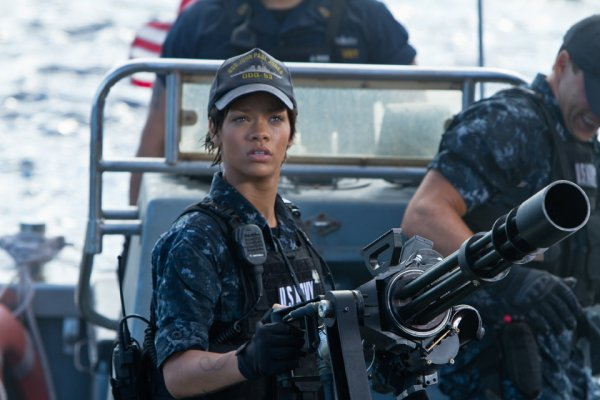 Battleship : enfin Rihanna en photo
